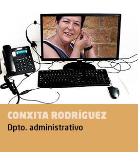 Conxita Rodríguez, departamento administrativo