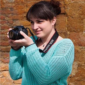 Carla Gómez, interiorismo e infografía